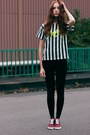 Black-striped-poppy-lovers-shirt-black-skinny-rare-london-pants