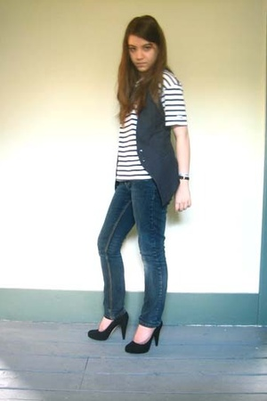 vintage t-shirt - Topshop vest - moto jeans - Bally shoes