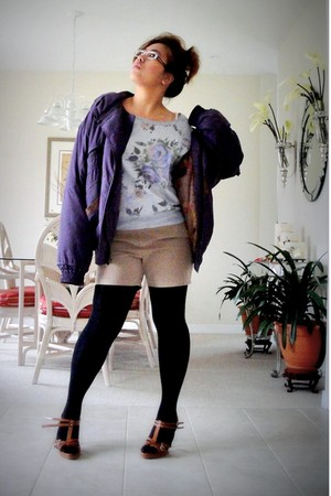 deep purple jacket - tan shorts - tawny shoes - black stockings - heather gray f