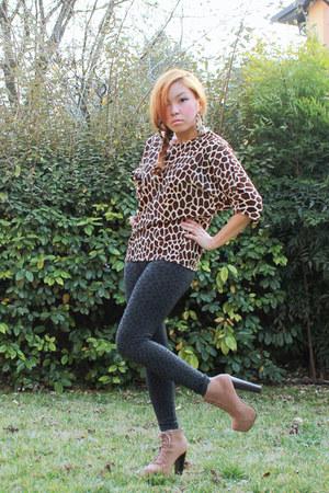 Maria Cecile top - lita Jeffrey Campbell boots - leopard print leggings