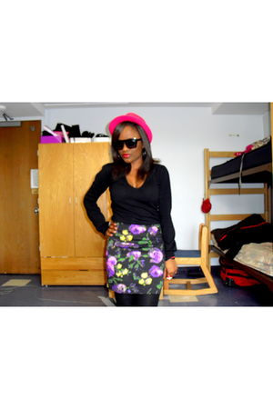 black Atmosphere shirt - black Forever 21 skirt - black Forever 21 tights - pink