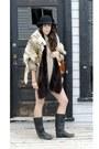 Santana-boots-smithbilt-derby-hat-shirt-vintage-mink-scarf-purse