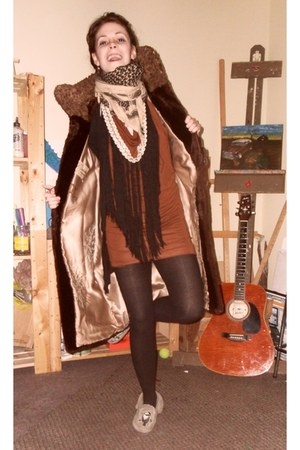The Canadian Regd Teener coat - Cassie Danielle dress - wonderbra tights - handm