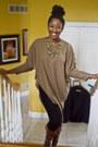 70s-vintage-poncho-sweater-black-leggings-dark-brown-madden-boots-vintage-