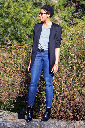 black thrifted Jones New York blazer - black Zara boots - blue Zara jeans