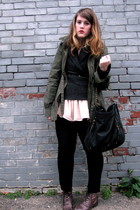 olive green SW OUTERWEAR jacket - black Dahlia pants - dark gray Joe Fresh sweat