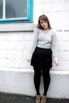 black Urban Outfitters skirt - black HUE tights - gray RW & CO sweater - brown v