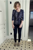 legging AG jeans - We Love Vera blouse - Anthropologie heels