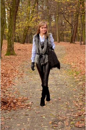 black Centro boots - black River Island bag