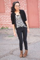 brown leopard print Forever 21 boots - black skinny BDG jeans - white H&M t-shir