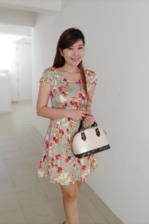 patentspeedy Kristines Collection bag - Kristines Collection dress