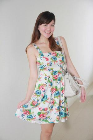 Kristines Collection dress - white balenciaga bag
