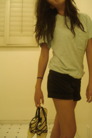 American Apparel t-shirt - Forever21 shorts - Urban Outfitters