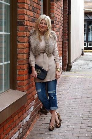 f21 jeans - Steve Madden shoes - elle lauri dress - f21 shirt - hm scarf