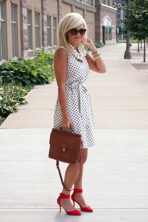 Old Navy dress - Zara shoes - coach bag - Gucci sunglasses