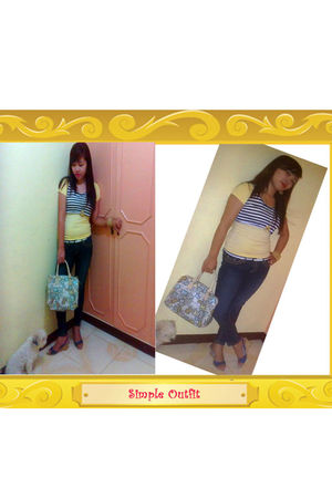 yellow shirt - blue jeans - blue shoes - beige bag