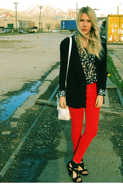 thrifted vintage blazer - thrifted vintage blouse - Forever 21 heels - Zara pant