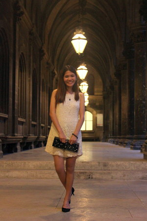 off white lace dress - black purse - black heels