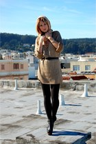 camel thrifted vintage dress - black thrifted vintage belt - black H&M tights -