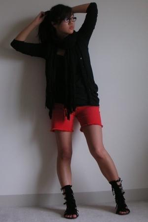 Splendid vest - Theory shirt - Kenneth Cole scarf - Paige Denim shorts - Jeffrey