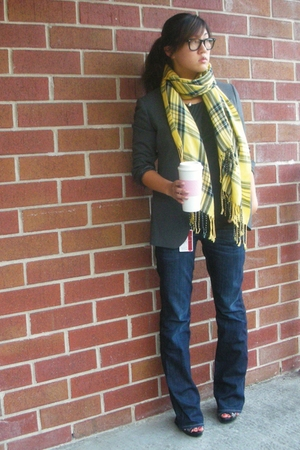 Hudson jeans - vince shirt - UO scarf - Brooks Brothers blazer - Michael Kors sh