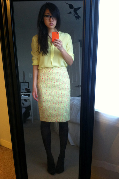 light yellow tweed JCrew skirt - black Zara shoes - black tights