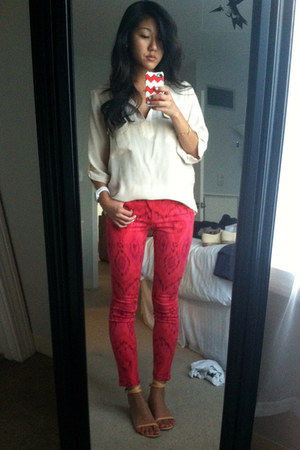 hot pink Joes Jeans jeans - cream Rory Beca blouse - nude Tibi sandals