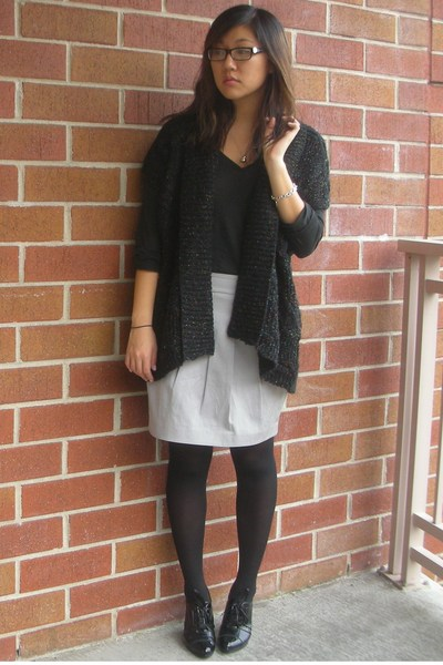 525 America sweater - Club Monaco skirt - Tahari shoes