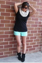 Club Monaco shirt - Club Monaco scarf - JCrew shorts - Minnetonka shoes - UO sun