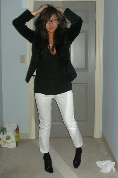 Gap blazer - Alexander Wang shirt - JCrew pants - Elie Tahari shoes