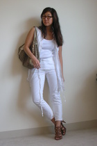 Kimchi&Blue blouse - Madewell 1937 pants - Old Navy shirt - Nine West shoes - Gu