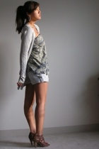 Marc by Marc Jacobs sweater - UO top - Chip & Pepper shorts - Nine West shoes
