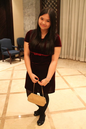 crimson velvet dress - beige Tommy Hilfiger bag - black bow flats
