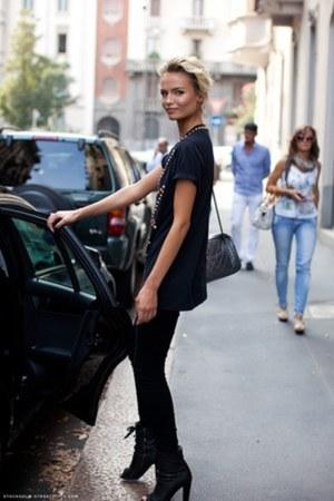 boots - jeans - blouse