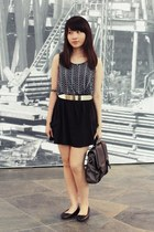 navy Uniqlo top - dark gray Zara bag - black Zara skirt - black H&M flats