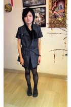 black doc martens boots - black online tights - black dress