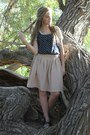 Gray-forever-young-shoes-eggshell-old-navy-shirt-neutral-thrifted-skirt