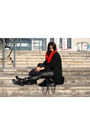 Black-sante-shoes-boots-dark-gray-tally-weijl-sweater-red-wool-mums-scarf