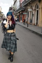 Japanese punk, blue-purple-red hair - New Orleans street style