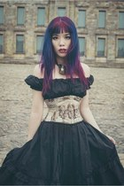 Dracula Vampire Girl for Halloween! Steampunk corset, Gothic hairstyle