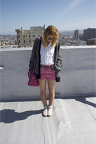 navy oversized Joie sweater - hot pink faded Urban Outfitters shorts - cream dot