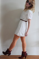 white embroidered vintage dress - maroon Miss Sixty boots