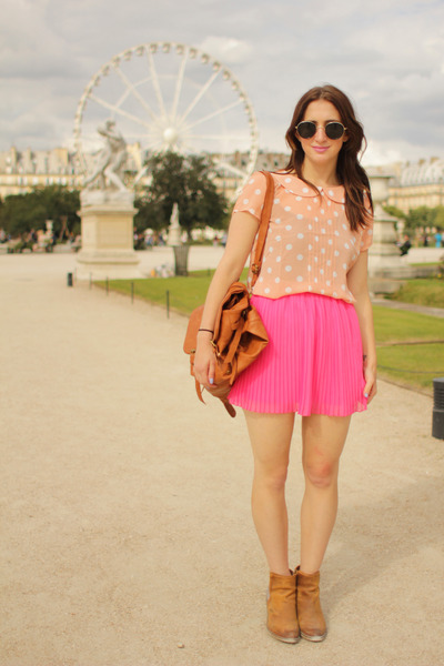 hot pink pleated mini Zara Kids skirt - light brown Forever21 bag