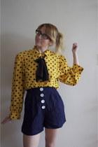 navy high waisted vintage shorts - yellow polka dot vintage blouse