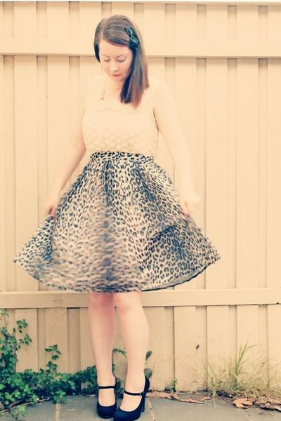 ivory velvet hearts Alannah Hill blouse - leopard print River Island skirt - bla