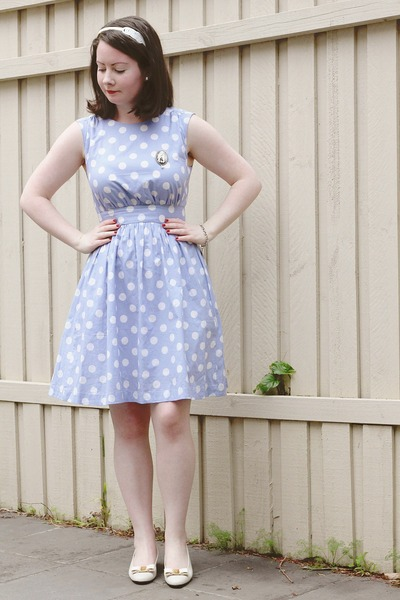 sky blue polka dot dress modcloth dress - ivory headband Mimco accessories