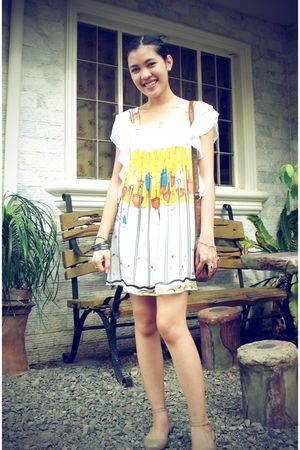 white Tsumori Chisato dress - beige Melissa shoes - black accessories - brown pu