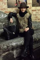 black black boots Zara boots - dark brown fedora Cortefiel hat