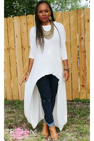 off white Trish M Fashions top - dark denim Trish M Fashions jeans