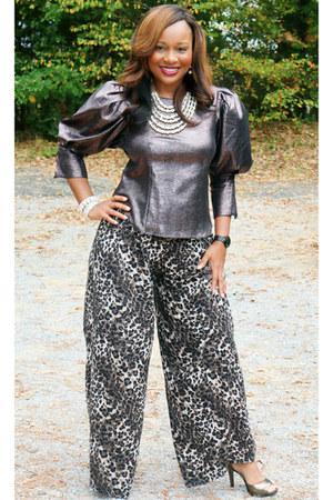 bronze Shop Pretty Pieces Boutique top - leopard print Catos Fashion pants